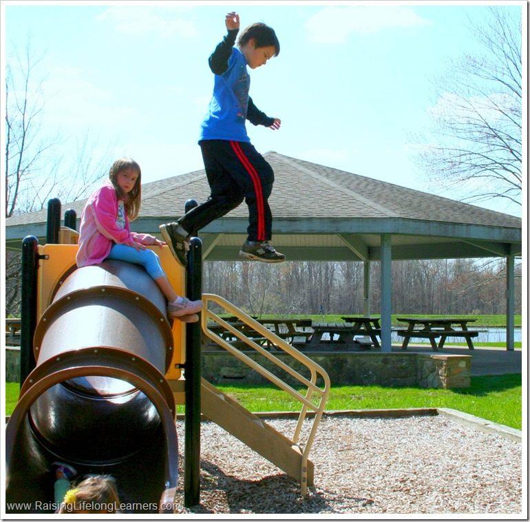 7 Simple Tips for Capturing Fun Kid Photos #Smilestones #ad