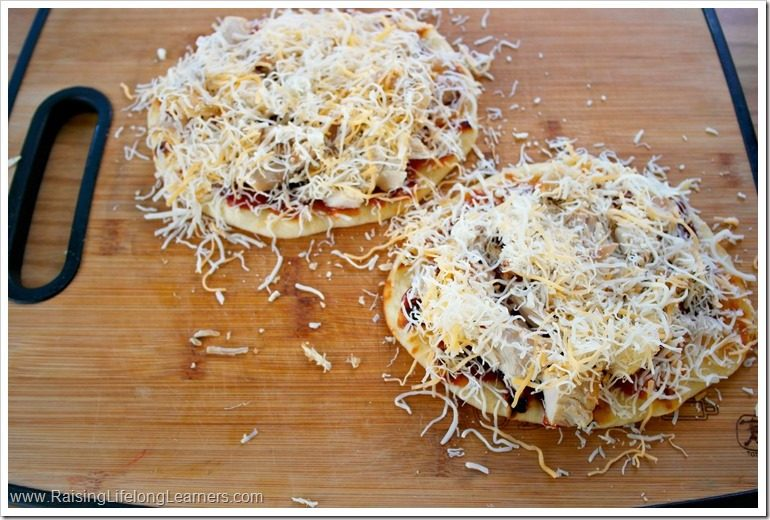 Easy BBQ Cheddar Turkey Flatbread Recipe