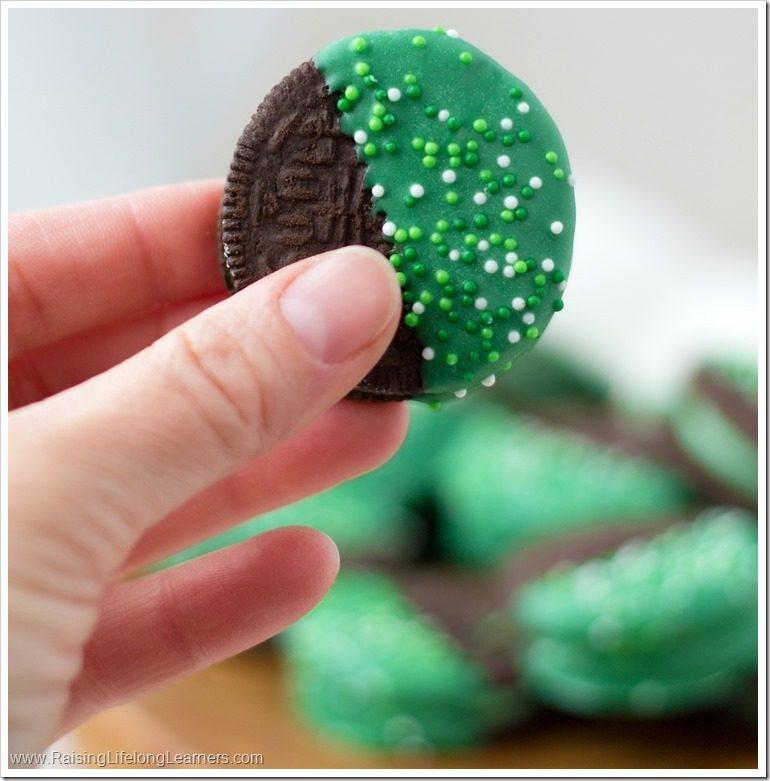 St. Patrick's Day Oreos