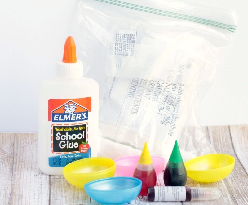 Make crystal geodes from old plastic Easter eggs in this fun crystal growing experiment! The crystal geode science experiment is the best hands-on science!